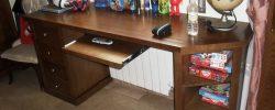 Detalle de extensible para ordenador mesa estudio Andres